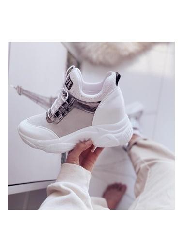 Limoya Ebeth Beyaz Platin Detaylı Bağcıklı Yazı Ve Streç Gizli Topuklu Sneakers Beyaz